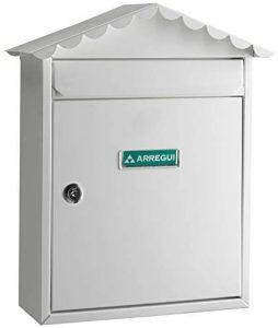 Buzón de correos de exterior de acero de Arregui blanco con tejado - Los mejores buzones de correos que comprar por internet - Mejores buzones de exterior del mercado